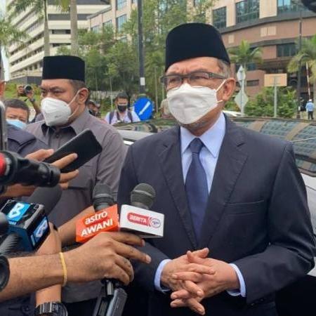 @sinar.harian Anwar kemuka usul tamat darurat kepada Agong, tiada usul tukar kerajaan Link Thumbnail | Linktree