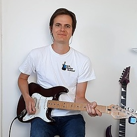 @AnthonyRockGuitar YouTube Channel Link Thumbnail   Linktree