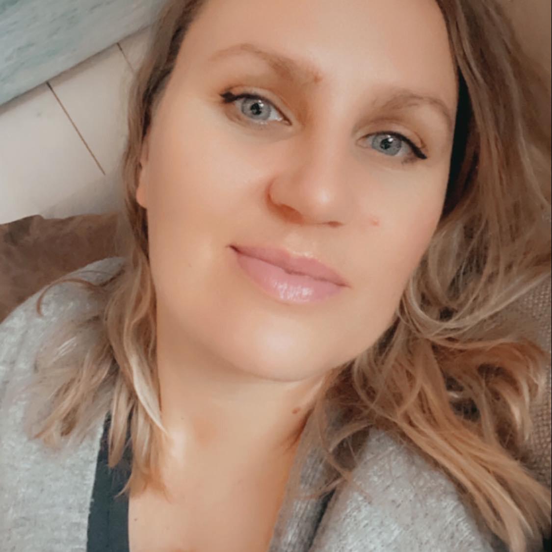 @Kristinapush Profile Image | Linktree