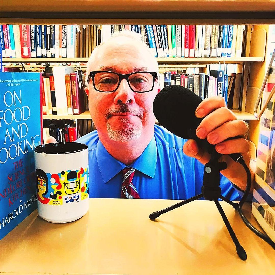@thewellseasonedlibrarian Profile Image   Linktree