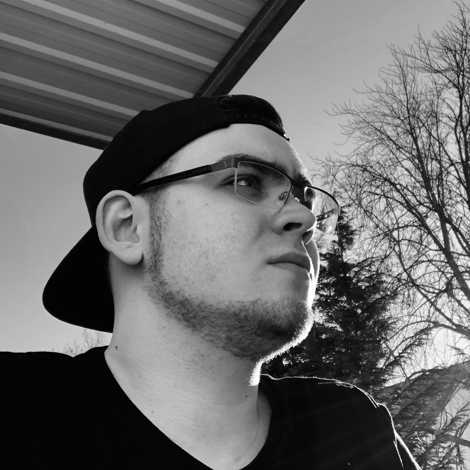 @bastii717 Profile Image | Linktree