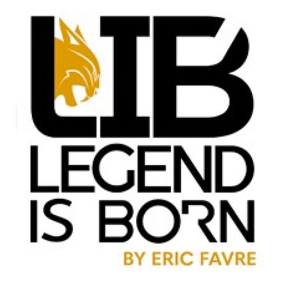 Nathalie Mur Legend is Born / Eric Favre Clothing 👉 -10% NATHALIE10 Link Thumbnail | Linktree