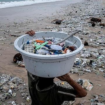 @guardian Twenty firms produce 55% of world's plastic waste, report reveals Link Thumbnail | Linktree