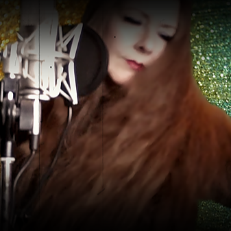 @singerluciewalker IT'S ALL DIFFERENT NOW Link Thumbnail | Linktree
