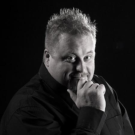 Andrew Aveley - Photographer (Andrew_Aveley) Profile Image   Linktree