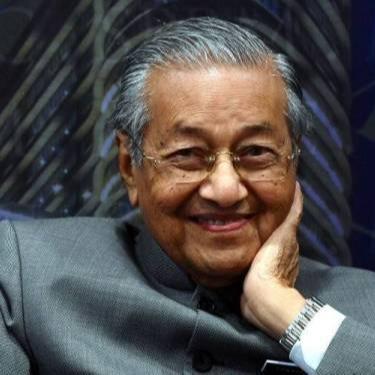 @sinar.harian Perdana Menteri tidak boleh ada duit banyak, jadi jutawan: Tun M Link Thumbnail | Linktree