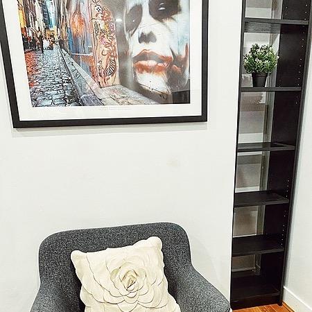 Melbourne Airbnbs' 2 Bed 1Bath on Collins St- sleeps 4 People Link Thumbnail | Linktree