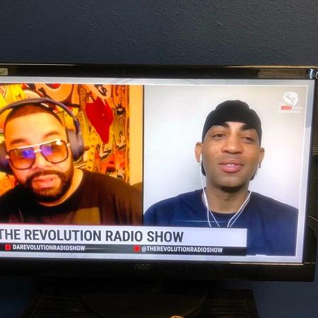 @farrondozier Farron Live M-F 5p PT Revolution Radio Link Thumbnail   Linktree