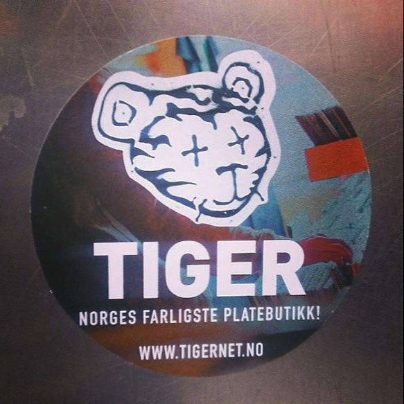 James Welburn Buy: Sleeper in the Void in Norway at PLATEBUTIKKEN TIGER Link Thumbnail | Linktree