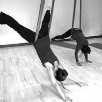 @upspringstudio Aerial Yoga Link Thumbnail | Linktree