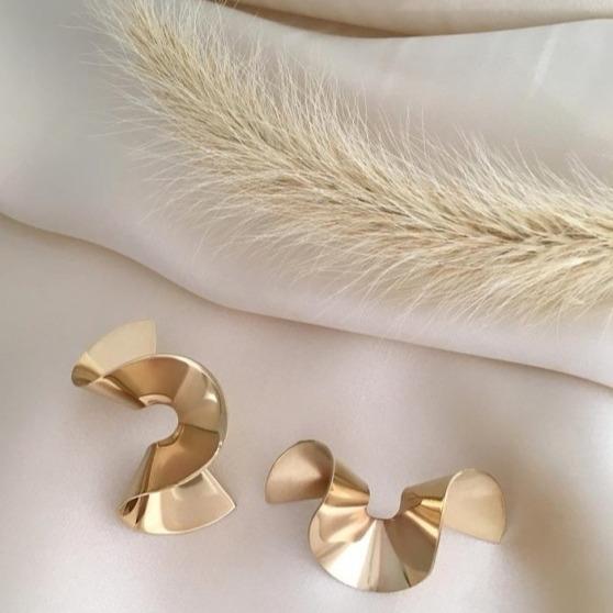 @fashionhr 3 švedska brenda nakita u koja ćete se zaljubiti na prvu! Link Thumbnail | Linktree