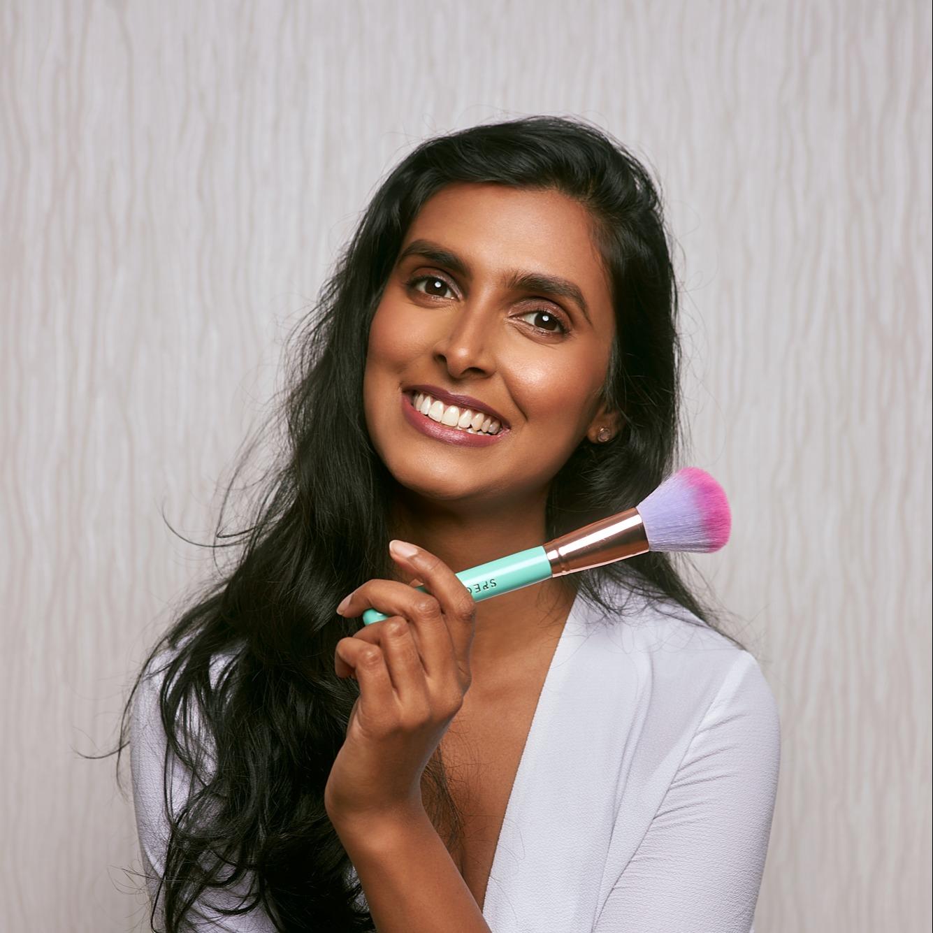 @Jaineesha Profile Image | Linktree