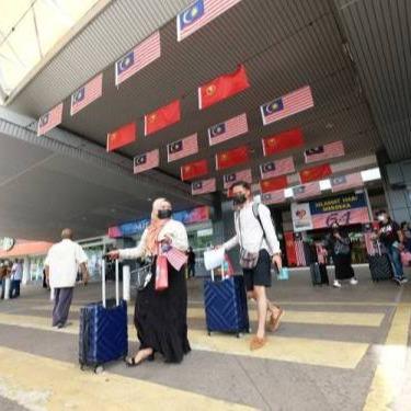 @sinar.harian Sektor pelancongan negara berdebar nantikan kejayaan Langkawi Link Thumbnail | Linktree