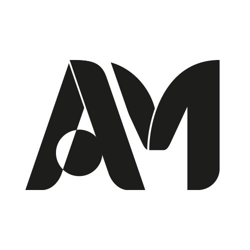 @adoriamoon Profile Image   Linktree