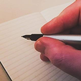 Robert JE Simpson (Avalard) Creative Writing Workshops with Robert - October-December 2021 Link Thumbnail   Linktree