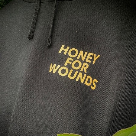 EGO ELLA MAY HONEY FOR WOUNDS MERCHANDISE - BUY HERE Link Thumbnail | Linktree