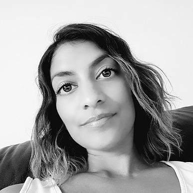 @romalovesyoga Profile Image | Linktree