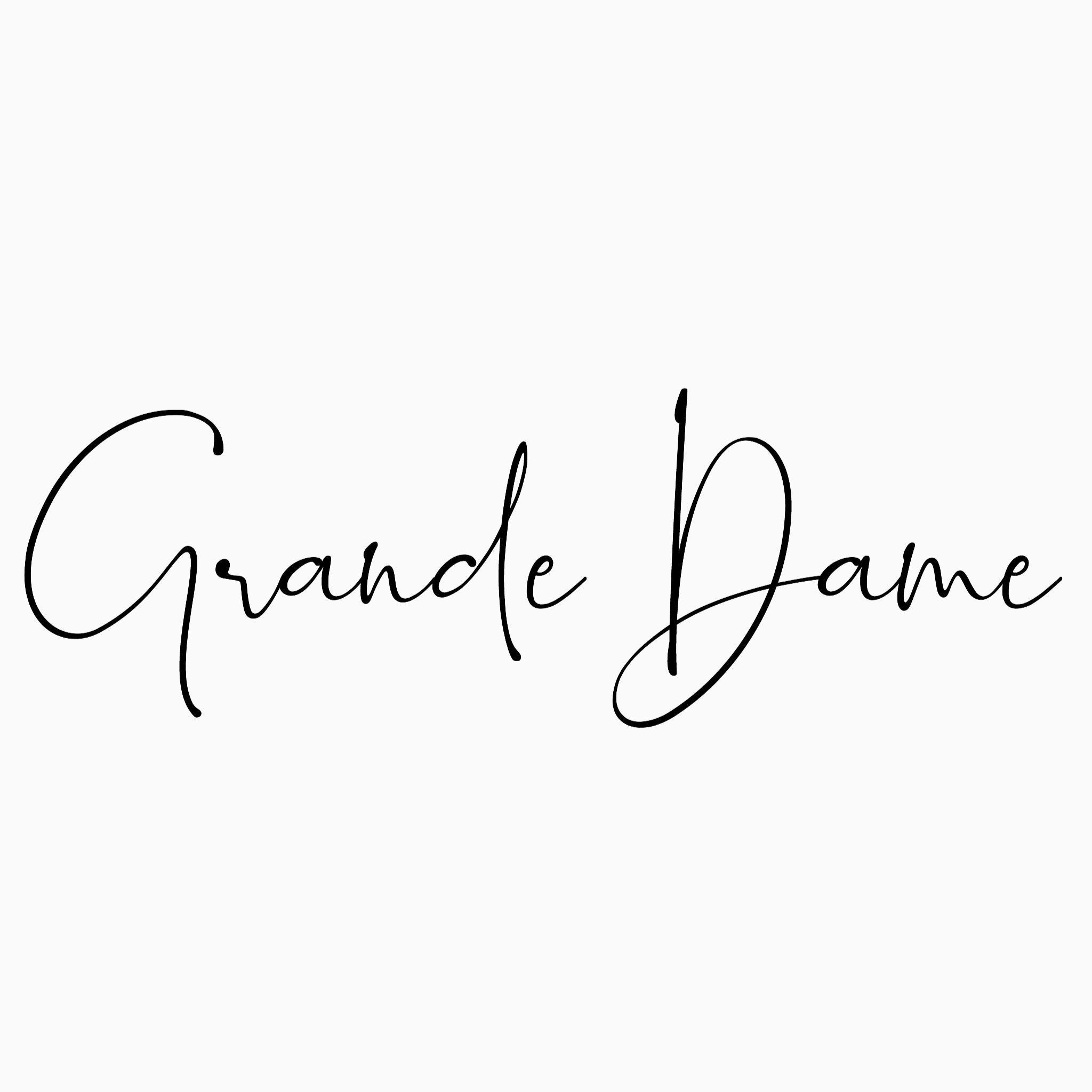 @Grande__Dame Profile Image | Linktree