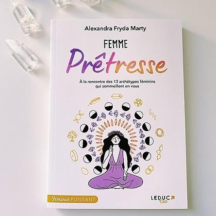 Découvrir mon Livre : Femme Prêtresse ✨