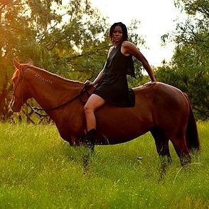 Jess Goodlett (jessgoodlett) Profile Image | Linktree
