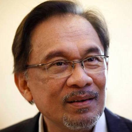 @sinar.harian Ku Li akui Anwar ada kualiti jadi pemimpin negara Link Thumbnail | Linktree