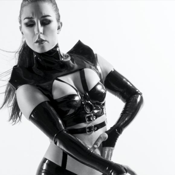 @AlexaMoorre Profile Image | Linktree