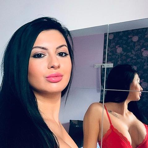 @Andra.hot Profile Image | Linktree