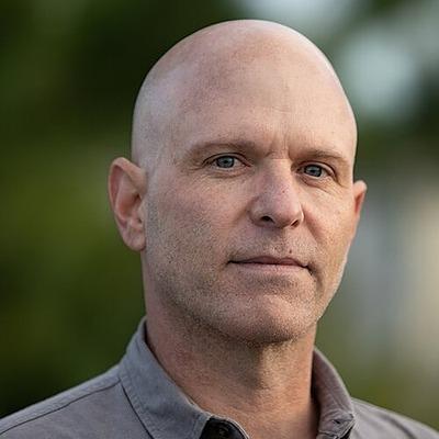 Sree's Sunday #NYTReadalong Jason Dearen | Bio Link Thumbnail | Linktree