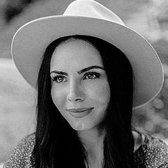 Brianna Jordyn (briannajordynbeauty) Profile Image   Linktree