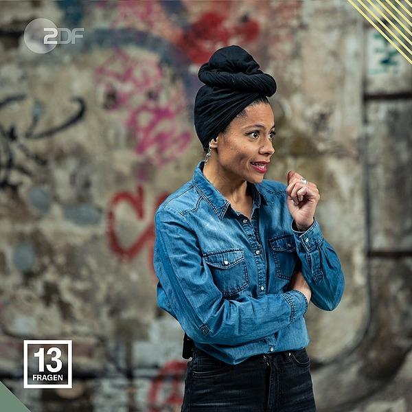 @emiliazenzile ZDF 13 Fragen Link Thumbnail | Linktree