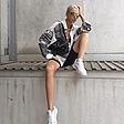 @fashionhr Kako poznate djevojke nose najtraženije tenisice ovog ljeta? Link Thumbnail | Linktree