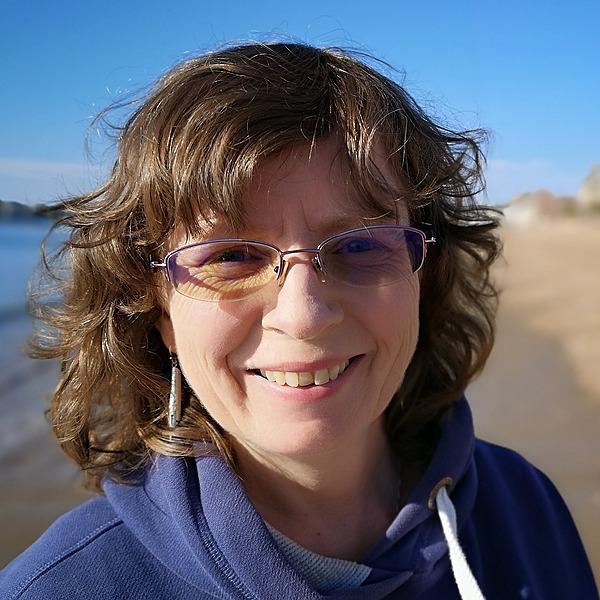 @rachelknowlesauthor Profile Image   Linktree