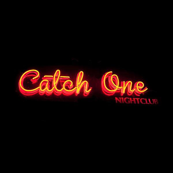 @catchonela Profile Image | Linktree