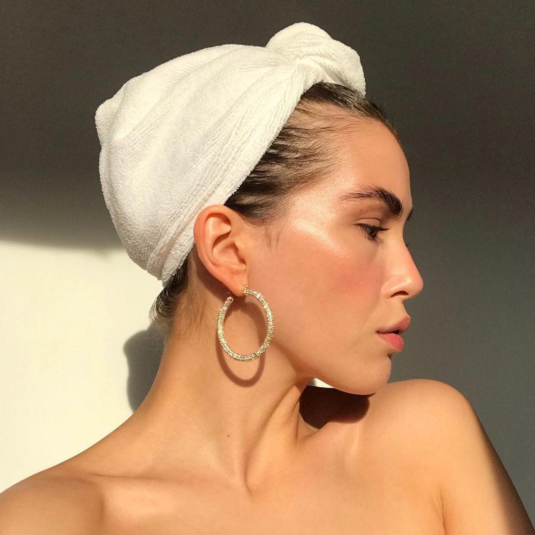 @fashionhr Bronzeri koji će zadržati ljetni sjaj i preplanulost na našem licu Link Thumbnail | Linktree