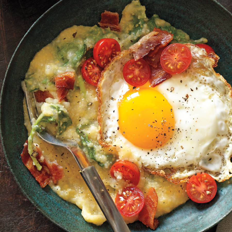 Cheesy Grits and Eggs Recipe