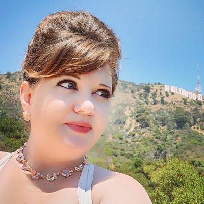 @juliacmarchese Profile Image | Linktree