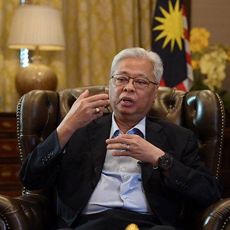 @sinar.harian Ismail Sabri layak jadi PM interim: Shahrir Link Thumbnail | Linktree