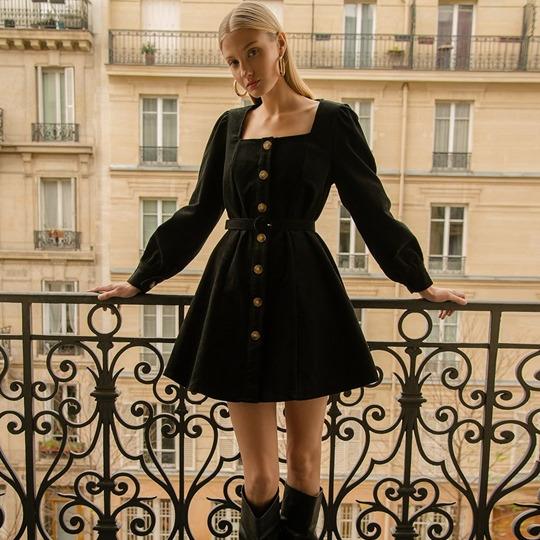 @fashionhr Ključni komadi brenda kojeg obožavaju sve trendsetterice Link Thumbnail | Linktree