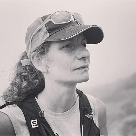 Consultez: Collaboratrice pour Distances + Le trail tous les jours