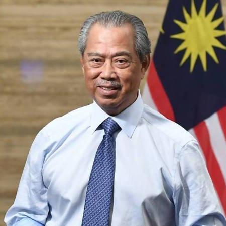 @sinar.harian Muhyiddin umum Pemulih bernilai RM150 bilion Link Thumbnail | Linktree