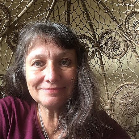 Lisa B. Iversen, MSW, LCSW (lisa.b.iversen) Profile Image | Linktree
