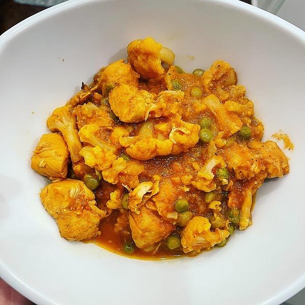 @amysmealdeal Chicken Tikka Masala w/Cauliflower & Peas - @skinnytaste Link Thumbnail | Linktree
