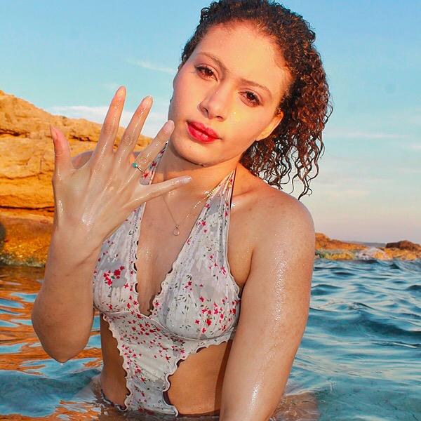 Gabrielle DeRosa Monica Vinader Link Thumbnail | Linktree