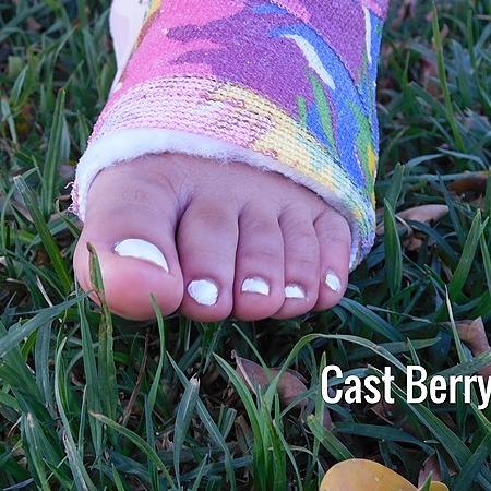 @castberry Profile Image | Linktree