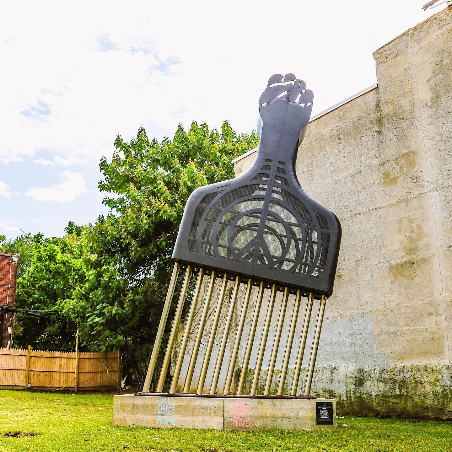 Artist Hank Willis Thomas Installs 25-foot Afro Pick Monument in West Philly
