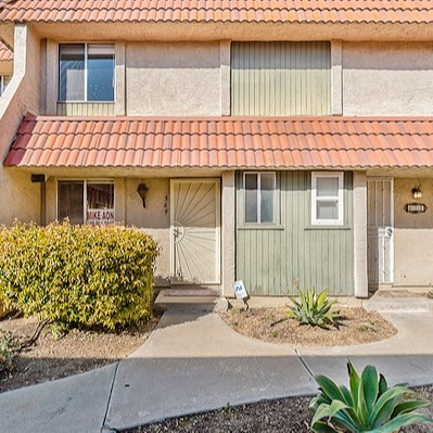 @theaongroup SOLD for $405,000   569 Beverly Pl Link Thumbnail   Linktree