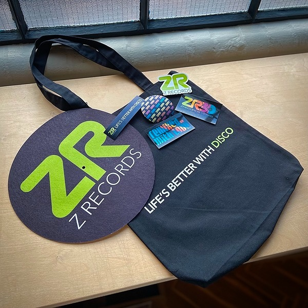 @Zrecordsuk Totes, Slipmats & Sticker Packs Link Thumbnail | Linktree
