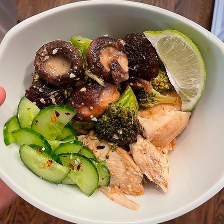 @amysmealdeal Coconut Poached Chicken w/Bok Choy & Mushrooms - @skinnytaste Link Thumbnail | Linktree