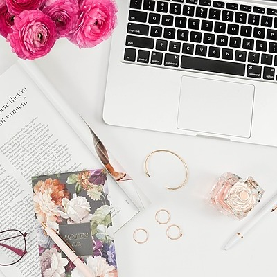 Learn How to Save and Manage Your Wedding Budget - Freebie from Joan!