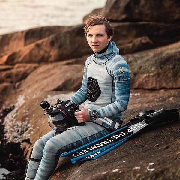 12:00 - 12.30: Magnus Lundborg, Freedive Underwater Photography, in subpolar sea